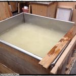 Pulp vat for making washi